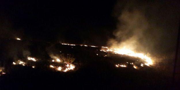 Çarmuzu'daki Yangın Korkuttu