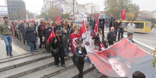 CHP, Atatürk anma için 2 etkinlik yaptı