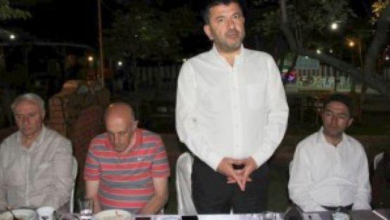 CHP'den Basına İftar Yemeği