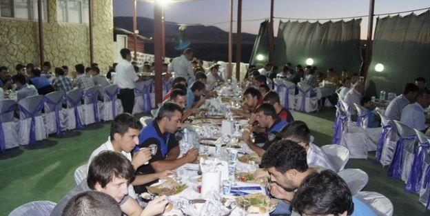 Çogep Kapsamında Gençlere İftar Yemeği