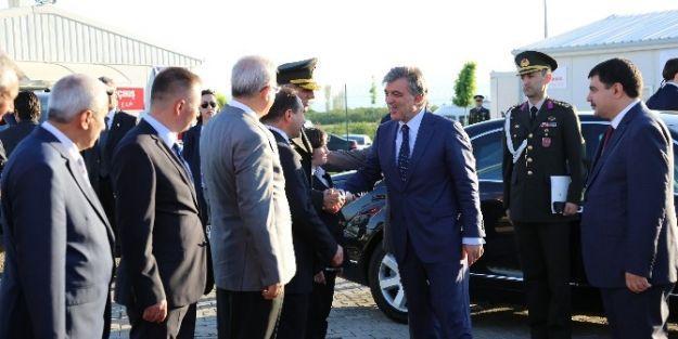 Cumhurbaşkanı Gül, Suriyelilerin Kaldığı Konteyner Kentte