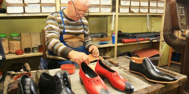 """'Cumhurbaşkanımıza da tahta çivili ayakkabı yapıp göndermek istiyorum"""""""