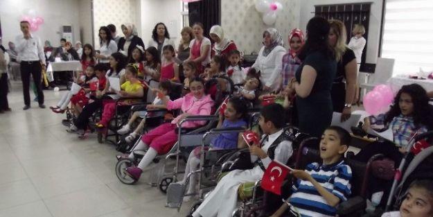 Evde Eğitim Gören Engelliler İçin Yıl Sonu Etkinliği
