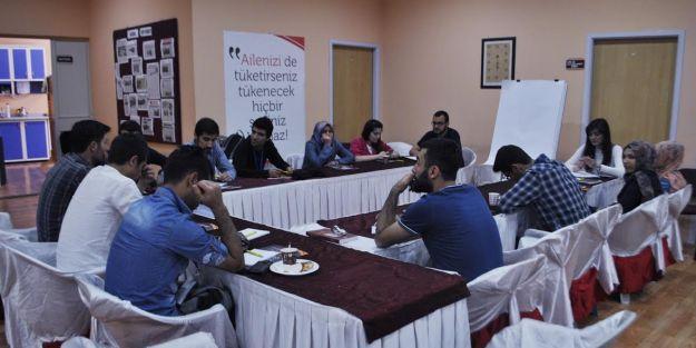 Gençlerin Medya- Dizilere Bakışı ve Beklentileri'  tartışıldı