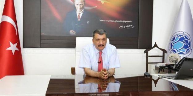 """Gürkan, 'büyük Zaferi Gururla Kutluyoruz"""""""