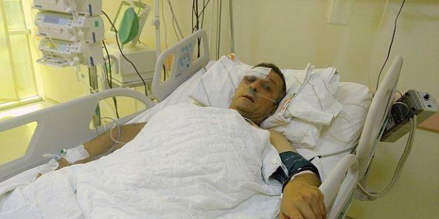 Hasta Yakını Güvenlik Görevlisini Bıçakladı