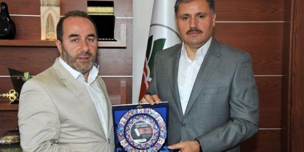 İhh Heyetinden Başkan Ahmet Çakır'a Ziyaret