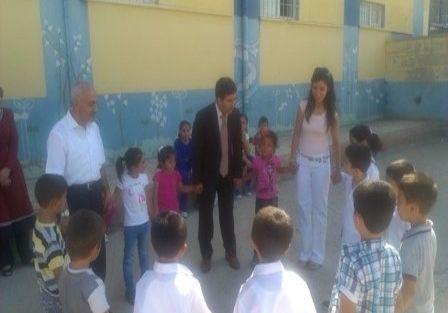 Kaymakam Nesim Babahanoğlu Okulları Denetledi