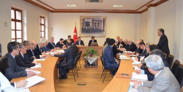 Kurum Müdürleri İle Değerlendirme Toplantısı Yapıldı