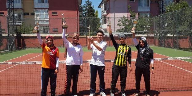 Mabesem Kursiyerleri 5 Şampiyonluk Kazandı