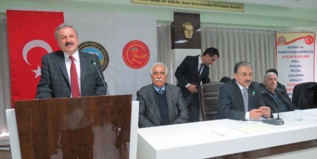 Mahrukatçılar Odası'nda Orhan Özbek Güven Tazeledi