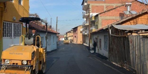 Malatya Belediyesi Asfaltlama Çalışmalarını Sürdürüyor