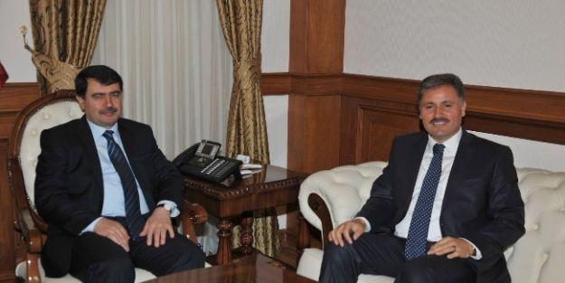 Malatya Büyük Şehir Belediye Başkanı Ahmet Çakır'dan Vali Vasip Şahin'e Ziyaret