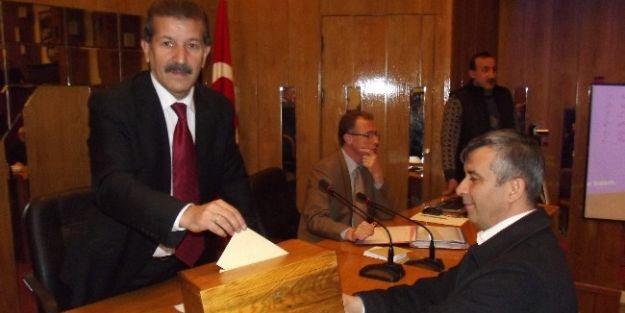 Malatya İl Genel Meclisi'nde Seçim Yapılıp, Gündemdeki Maddeler Görüşüldü
