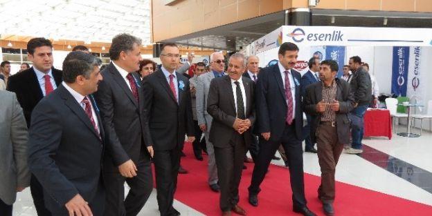 Malatya İnsan Kaynakları Ve İstihdam Fuarı Açıldı