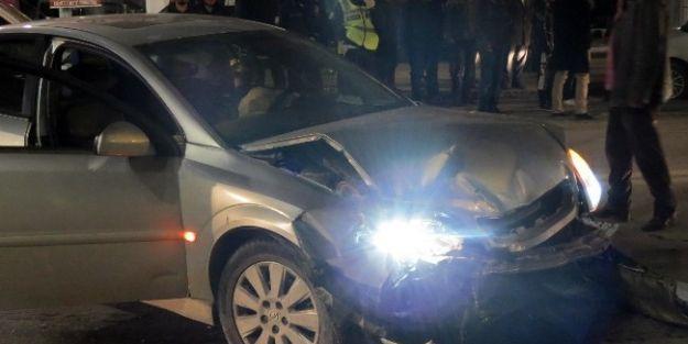 Malatya'da U Dönüşü Kazası: 2 Yaralı