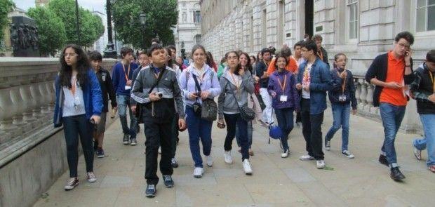 Malatyalı Öğrenciler İngiltere'de Yaz Kampında