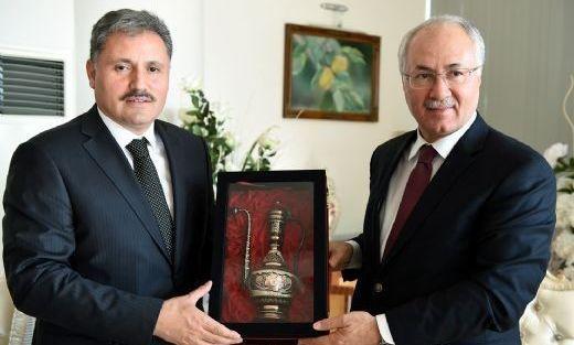 Merkez Valisi İbrahim Daşöz'den Başkan Ahmet Çakır'a Ziyaret