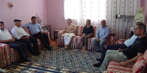 Milletvekili Çalık Ve Büyükşehir Belediye Başkanı Çakır'dan 4 Mahalleye Ziyaret