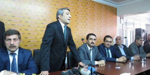 Mimar Vahap Erdem Yeşilyurt Belediye Başkanlığı İçin Resmi Başvurusunu Yaptı