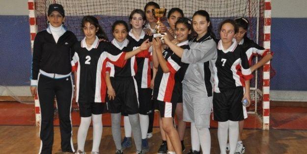 Okul Sporları Branş Ve Dağılım Formu Tekrar Doldurulacak