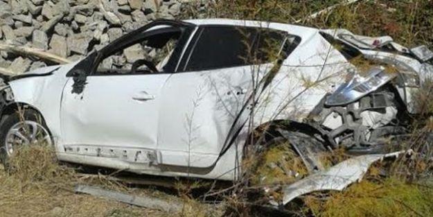Otomobil Şarampola Uçtu.. 1 Ölü, 1 Yaralı