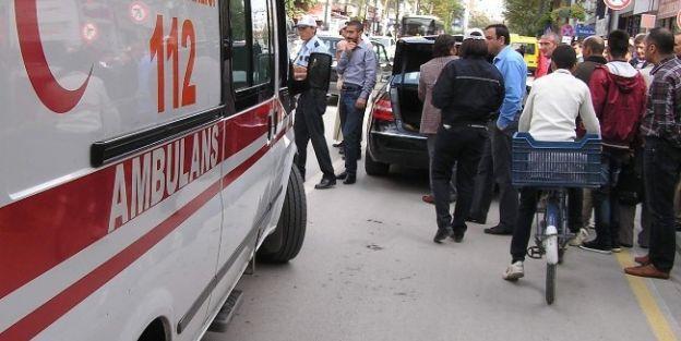 Otomobilin Çarptığı Kız Öğrenci Yaralandı