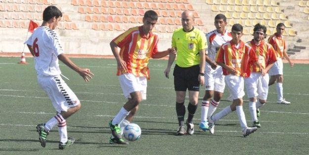 Özel Sporcular Futbol Ligi