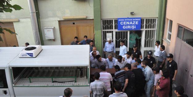 Polis memuru düğün dönüşü kazada öldü