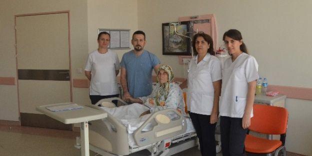 Robotik Navigasyonlu Diz Protezi Ameliyatında  Başarı Sağlandı