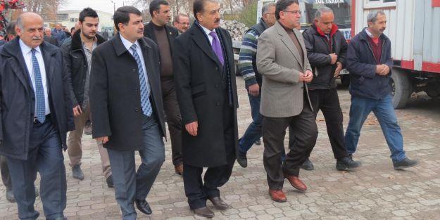 Şahin'den ÖZSAN Sitesi esnafına ziyaret