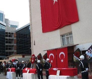 Şehit Polisler İçin Tören Düzenlendi
