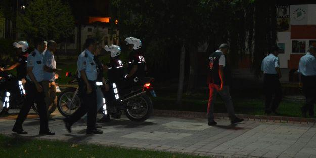 Sümerpark'ta Polis Denetim Yaptı