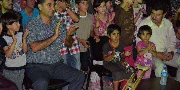 Suriyeli Mültecilere Müzik Ziyafeti