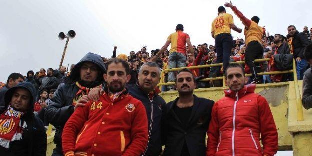 Taraftarlar Yeni Malatyaspor'u Yalnız Bırakmadı