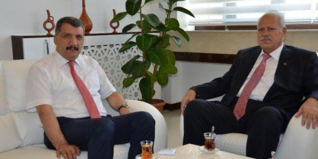 Tarsim Başkanı Ramazan Kadak, Başkan Selahattin Gürkan'ı Ziyaret Etti