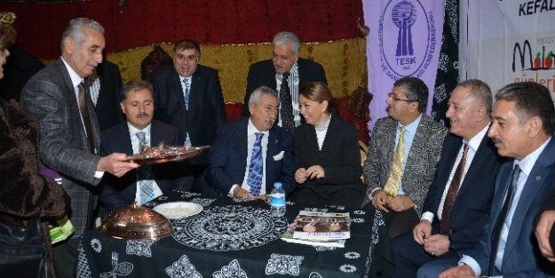 Tesk Genel Başkanı Palandöken, Malatya Tanıtım Günlerini Ziyaret Etti