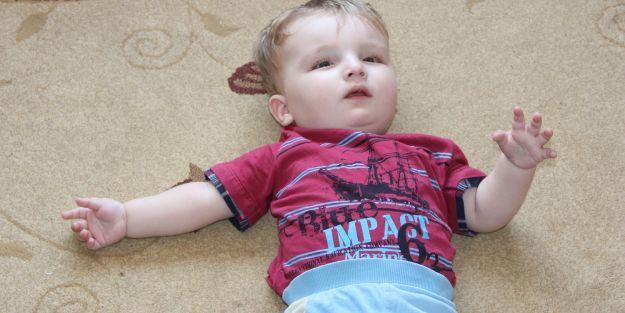 Tıp, 1 yaşındaki Mert Can'ın hastalığına tanı koyamıyor