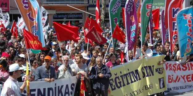 'Türkiye'nin en önemli sorunlarından biri de işsizliktir