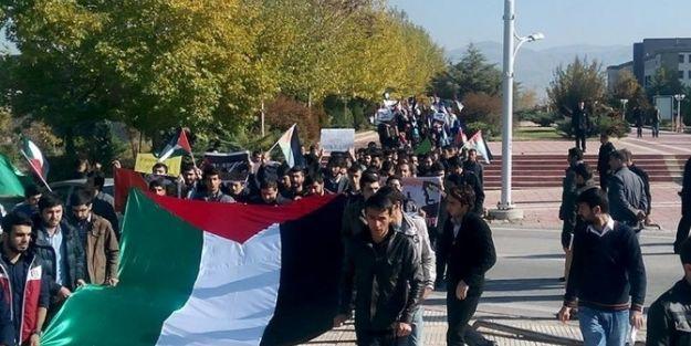Üniversitede Yürüyüş