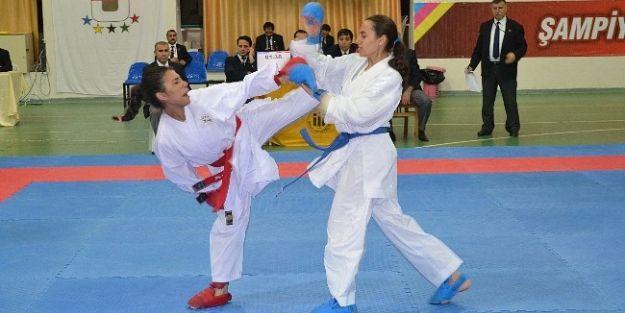 Üniversiteler Arası Karate Türkiye Şampiyonası