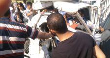 Kamyonet TIR'a Çarptı: 3 Yaralı