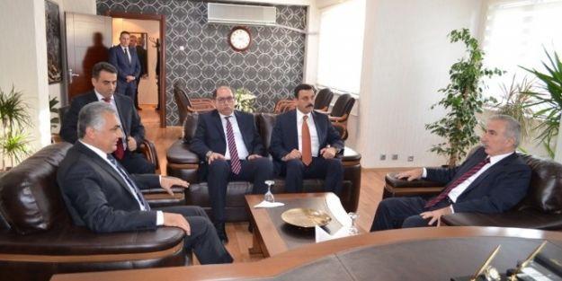 Vali Süleyman Kamçı Jandarma Komutanlığı Ve Emniyet Müdürlüğünü Ziyaret Etti