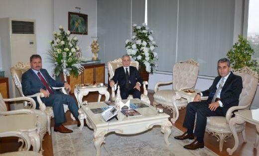 Vali Süleyman Kamçı'dan Belediyeye Ziyaret