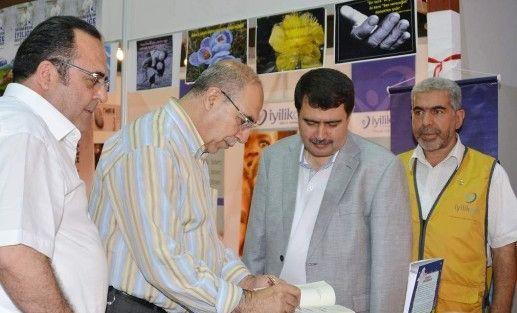 Vali Vasip Şahin, Kitap Fuarı'nı Ziyaret Etti