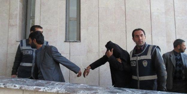 Yağma Çetesi Çökertildi: 5 Tutuklama