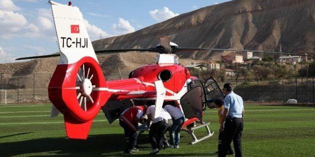 Yaşlı Şahsın İmdadına Ambulans Helikopter Yetişti
