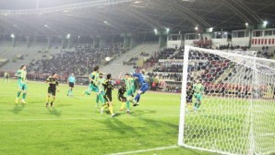 Yeni Malatyaspor Bir Kez Daha Lider:1-2