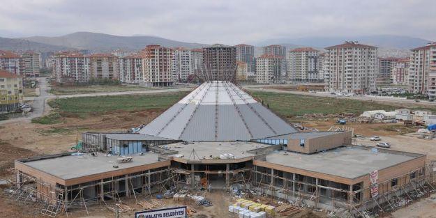Yeni Nikah Sarayı'nın yapımı sürüyor
