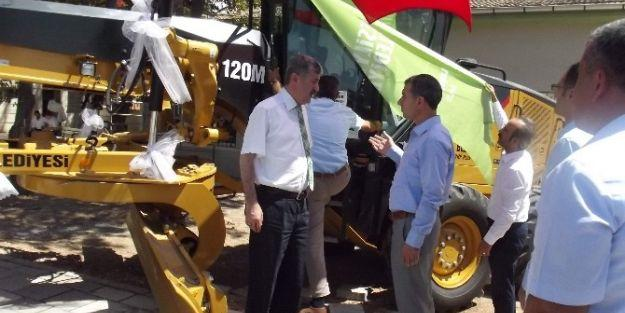 Yeşilyurt Belediyesi Yeni İş Makinaları Aldı